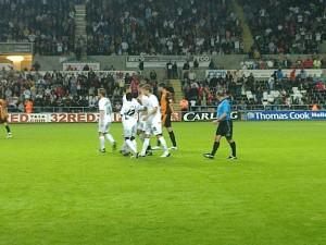 Shefki Kuqi congratulated on scoring
