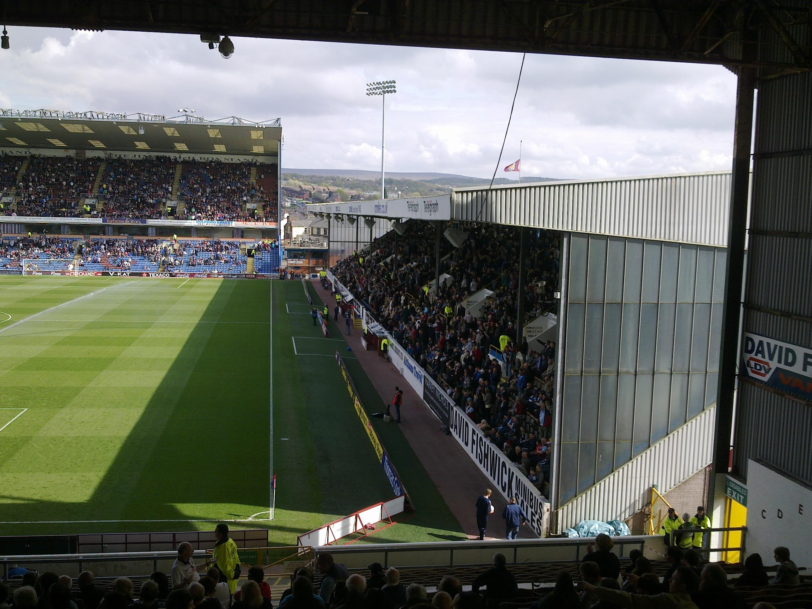 David Fishwick >> Burnley v Swansea - Mutterings for the Minority