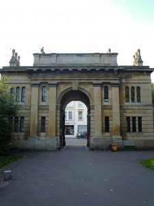 Entrance to Brompton cemetery